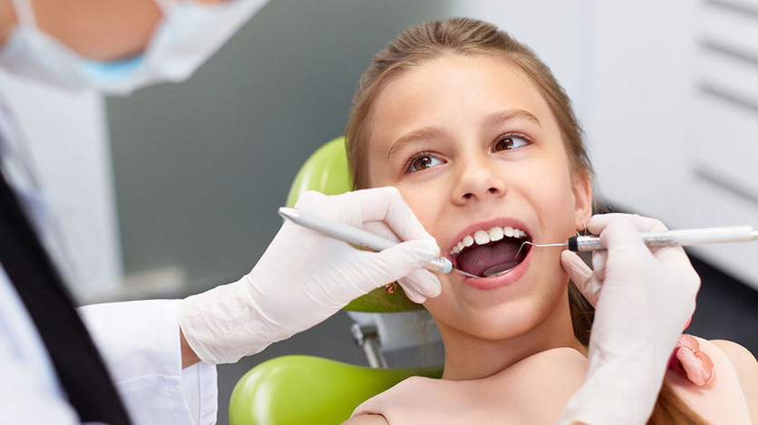 child teeth cleaning