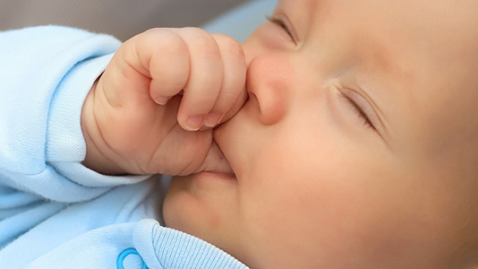thumbs sucking habits toddlers